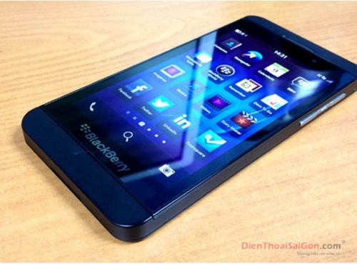 blackberry-z10-0010